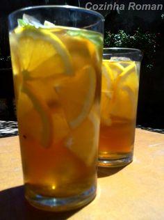 Chá gelado pra se hidratar direitinho no verão!