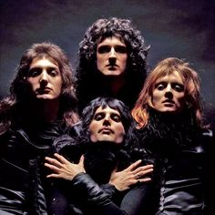 photo by Mick Rock Queen Ii, I Am A Queen, Save The Queen, Queen Photos, Queen Pictures, John Deacon, Good Charlotte, Great Bands, Cool Bands