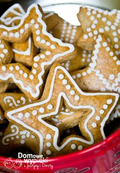 lukier Gingerbread Cookies, Cookie Cutters, Xmas, Baking, Food, Gingerbread Cupcakes, Christmas, Bakken, Essen