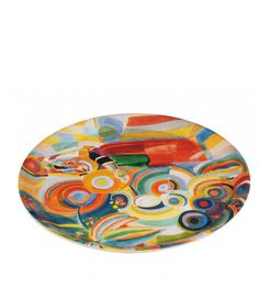 Tray Robert Delaunay.  Designed exclusively for Thyssen-Bornemisza Museum, inspired by Portuguese Woman (The Large Portuguese Woman), 1916, by Robert Delaunay.  Made of Birch Wood  38 cm. diameter  33€