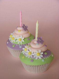 Cupcakes by bubolinkata, via Flickr