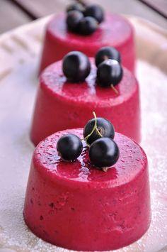 Od A do Z gotuj!: Dietetyczne serniczki na zimno z czarnymi porzeczk...