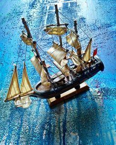 HMS Endeavour Handmade Model Sailing Ship Tall Cargo Ship