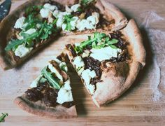 Meatless Monday: Fun-Guy Pizza