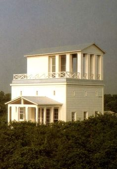 "Leon Krier, Seaside House Leon Krier: "" It is absurd to prohibit good architecture because we live in terrible times. B Architecture, Classical Architecture, Vernacular Architecture, Leon Krier, Facade Design, House Design, Robert Mallet Stevens, Seaside Fl, New Urbanism"