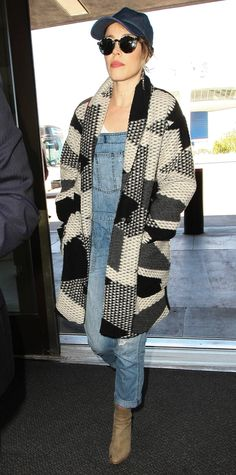 Celebrity-Inspired Outfits to Wear on a Plane - Rachel McAdams from InStyle.com