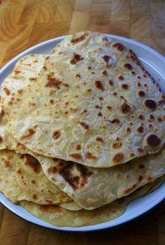 Two ingredient flat bread - Flour and Yoghurt | theocooks.com