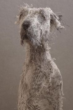 Artist Helen Thompson Creates Expressive Dog Sculptures - These Amazingly Expressive Dog Sculptures Were Created By Uk Based Artist Helen Thompson Each Piece Is Unique And Was Handcrafted Using Wire Natural Linen And Vintage Textiles More Info Helen Thom Textile Sculpture, Dog Sculpture, Pottery Sculpture, Animal Sculptures, Helen Thompson, Dog Paintings, Pastel Paintings, Recycled Art, Textile Artists