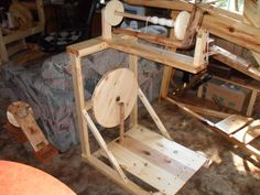 Unknown spinning wheel - Homesteading Today