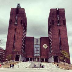 Oslo city hall (go inside)