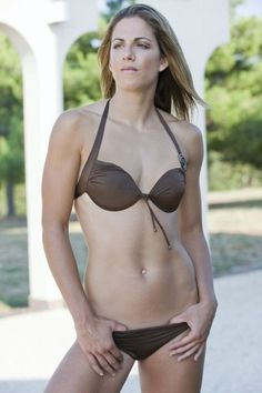 http://images4.fanpop.com/image/photos/16700000/Maja-Poljak-croatia-womens-national-volleyball-team-16773080-402-604.jpg