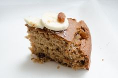 Gluten free banana cake with raisins and cinnamon. Healthy, vegetarian recipe on Pimpante.