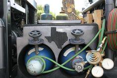 Welding Truck Pictures 011.jpg;  992 x 661 (@89%)