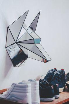 Настенная инсталляция голова волка зеркальная от GOODWOODWORKSHOP