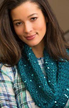 Classy Crochet Cowl By Lorna Miser - Free Crochet Pattern - (redheart)