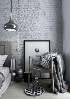 Al bando fronzoli e tinte pastello! Oggi vi racconto com'è la vera camera da letto maschile, con tanto di grigio, metallo, legno e accessori essenziali #DesignOutfit #DesignTrends