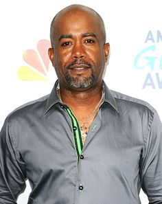 "LEAVE Darius alone I <3 the man! -- Darius Rucker Slams Racist Tweet: ""Is This 2013 or 1913?"""