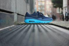 Nike Air Max 1 Ultra Moire 40 - 47.5  Shoplink : https://sneakerdistrict.com/shop/nike/air-max-1-ultra-moire-midnight-navy-obsidian-new-slate  #nike #airmax #ultramoire #sneakerdistrict #amsterdam