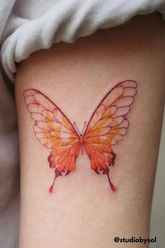 The Symbolism and Meaning Behind Butterfly Tattoos | Color Tattoos - Butterfly tattoos are one of the most popular designs for women, but what does it really mean and what does it symbolize? Click here to read more about the meaning of butterfly tattoos, the different types of butterfly tattoos, and be inspired by different designs. Self Tattoo | Tattoo Designs | Tattoo Ideas Female | Tattoos With Meaning | Tattoos For Women | Mini Tattoos | Minimalist Tattoos | Butterfly Tattoo | Tattoo… Animal Tattoos For Women, Small Animal Tattoos, Unique Tattoos For Women, Shoulder Tattoos For Women, Sleeve Tattoos For Women, Tattoos For Guys, Watercolor Tattoo Feather, Feather Tattoos, Butterfly Tattoo Designs