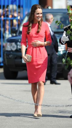40+ Kate Middleton Outfits We Love - See Kate Middleton's Most Fashionable Princess Looks Ever - Cosmopolitan    8      2