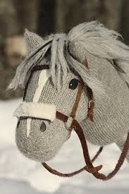 Risultati immagini per stick horse pattern Sock Crafts, Horse Crafts, Unicorn Diy, Crochet Pony, Horse Birthday Parties, Stick Horses, Horse Pattern, Hobby Horse, Knitted Animals