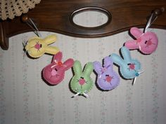 Spring EASTER Bunnies wool penny rug Garland  by primpennystitches, $11.99