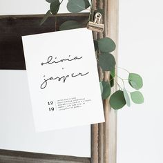 Minimalistisch schlichtes Einladungsdesign für Hochzeitseinladungen | simple minimalist wedding invitation design | | Auf der Suche nach Inspirationen für Hochzeitsdeko, Brautkleider, Brautsträuße und Papeterie für Valerie H Studio |