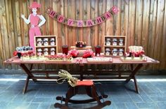 Cowgirl Party - Decor & Cake Table
