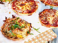 Lämpimät rieskaleivät Cooking Classes, Pepperoni, Deli, Vegetable Pizza, Quiche, Tart, Mango, Bread, Vegetables