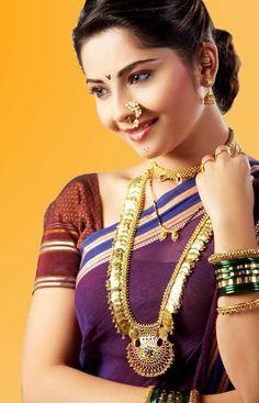 Top 9 Maharashtrian Bridal Hairstyles for Girls