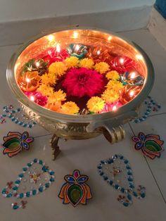 Happy Diwali Easy Diwali Decorations At Home Ideas- Diwali Decor - Make Diwali DIY Arts, Crafts, Paper Bandarwal, Rangoli Designs, and Ideas. Rangoli Designs Flower, Flower Rangoli, Rangoli Patterns, Diwali Craft, Diwali Rangoli, Diwali Dekorationen, Diwali Decorations At Home, Flower Decorations, Flower Centerpieces