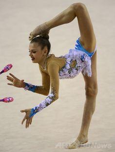 新体操W杯ハンガリー大会で撮影された華麗な演技 国際ニュース:AFPBB News