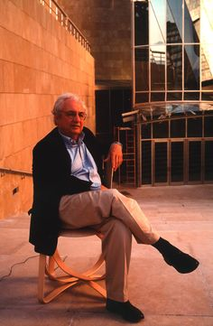 Since 1998 the Web Atlas of Contemporary Architecture Guggenheim Museum Bilbao, Frank Gehry, Contemporary Architecture, Side Chair, American, Museums, Architects, Spain, Furniture