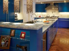 10 Ways to Escape Life by Bringing Blue into your Home