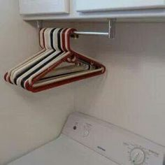 Delicieux Laundry Room Towel Rack