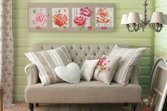 spring-decorating-floral-fabric-curtains-cushions-flowers.gif (450×300)