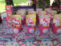 Meztli's Hello Kitty Party | CatchMyParty.com