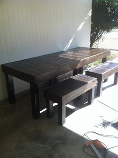 Hey, I found this really awesome Etsy listing at http://www.etsy.com/listing/112532379/reclaimed-pallet-wood-occasionaldining