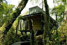 House in The Patagonia Fjords / Armando Montero + Samuel Bravo