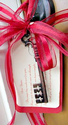 DIY Santa's Magic Key ~ Dear Santa, This magic key works just for you, Please open the door and come on through. Thank you for coming to our house tonight. We are celebrating the birth of Jesus Christ. Thank you Santa for the gifts you bring. Thank you Lord for everything.