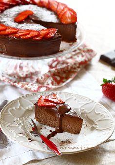 Chocolate Cheesecake with strawberries