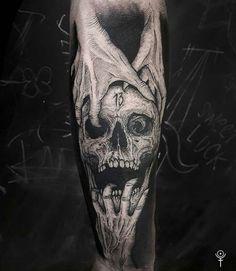 That's simply sick - Tattoo Catalog Forearm Tattoo Design, Skull Tattoo Design, Forearm Tattoos, Body Art Tattoos, Hand Tattoos, Tattoo Arm, Evil Tattoos, Creepy Tattoos, Badass Tattoos