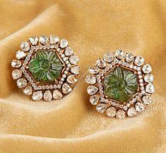 Jewelry Design Earrings, Ear Jewelry, Necklace Designs, Bridal Jewelry, Jewelery, Cluster Earrings, Gold Earrings, Gold Necklace, Gold Jewelry Simple