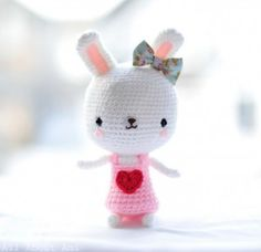 Sweetheart Bunny - free #crochet bunny amigurumi pattern