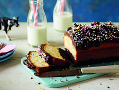 Try your hand at making these easy Rocky Road Brownies, packed with digestives…