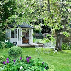 Include a summerhouse | Country gardens - 10 of the best | housetohome.co.uk