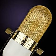 I want this mic soooo bad! So classic! Play That Funky Music, Cool Gadgets, Guitar, Language, Ship, Reading, Classic, Books, Free