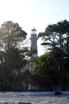 HUNTING ISLAND LIGHT HOUSE