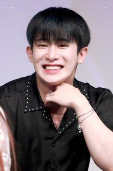 Wonho Abs, He Is My Everything, Monsta X Wonho, Handsome Boys, Hoseok, Kpop, Bunny, Beautiful, Sweet