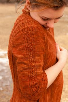 rhinebeck sweater-67 by ysolda teague... the ebook will be available in early October ! I want this one .